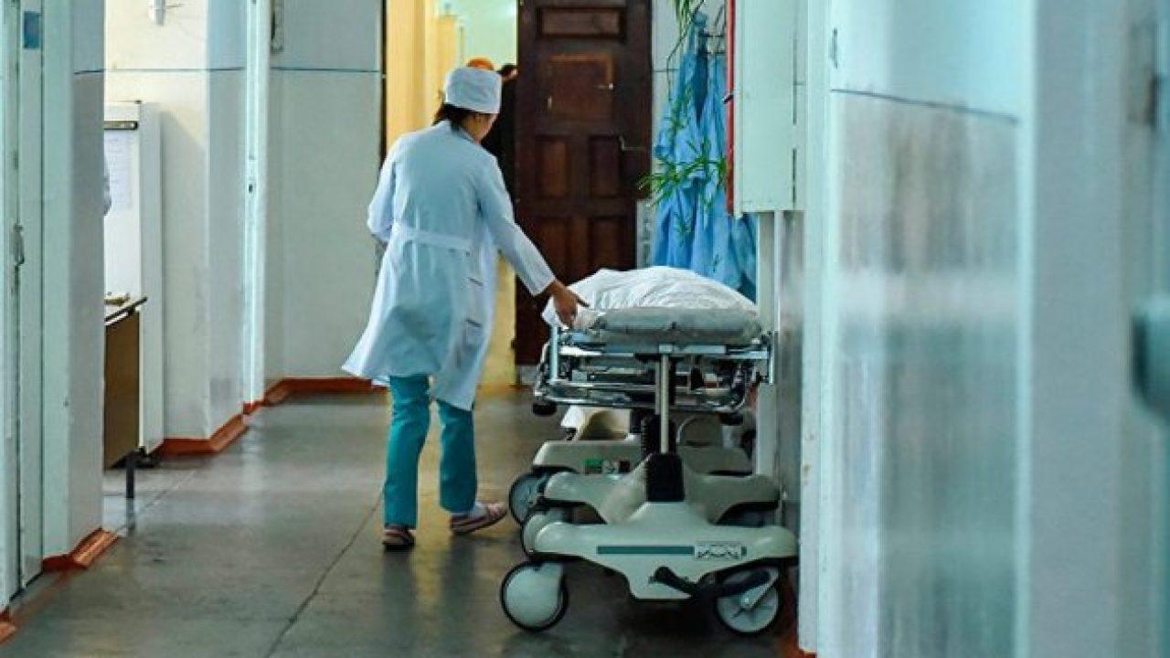Чому українські лікарі почали боротьбу із хворими замість хвороби?