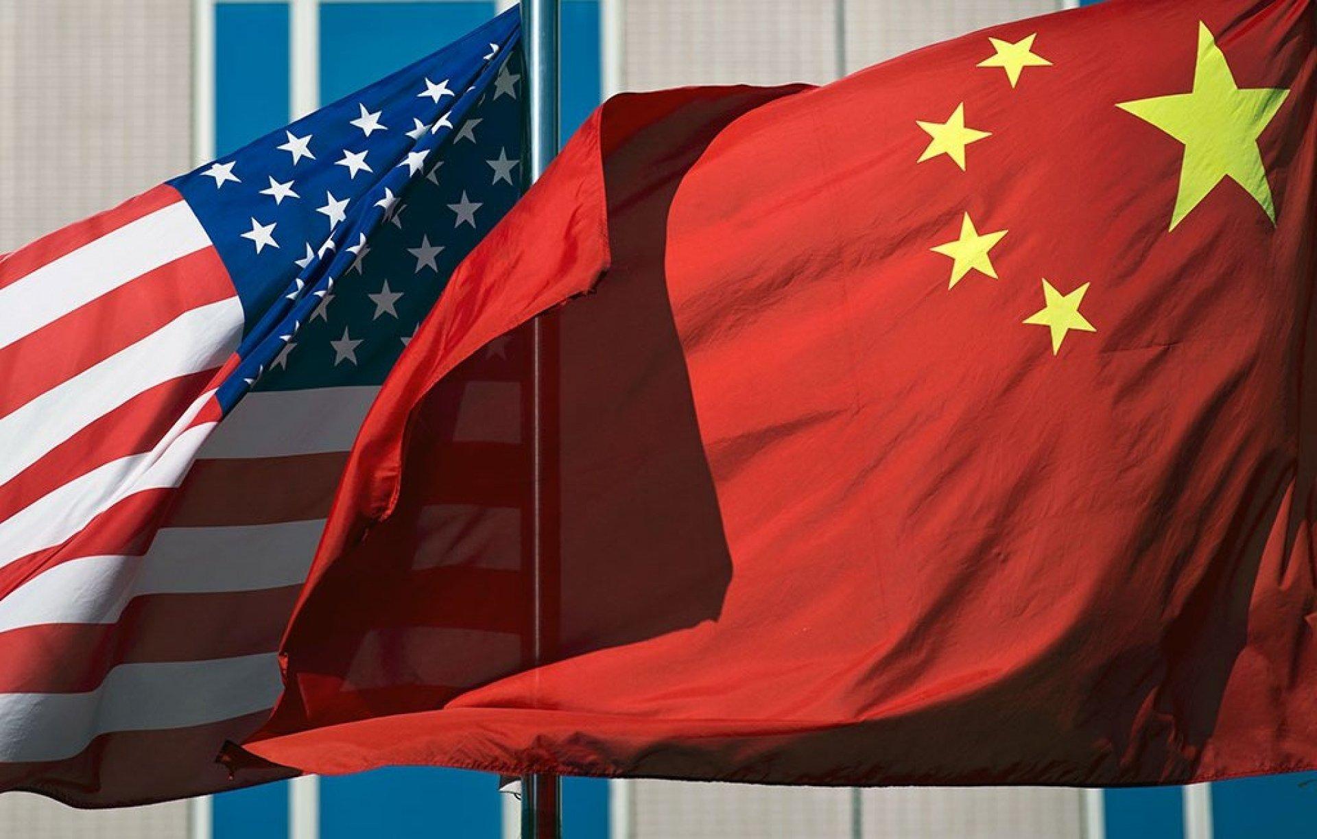 Китайські компанії-гіганти хочуть повернутися на фондову біржу США