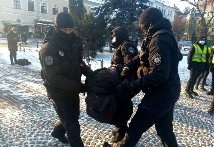 У Києві лівих екстремістів затримала поліція
