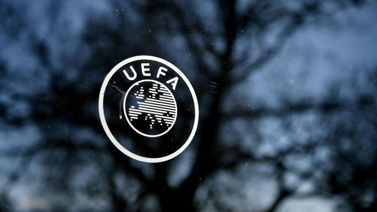 УЄФА зняв обмеження на перебування глядачів на трибунах