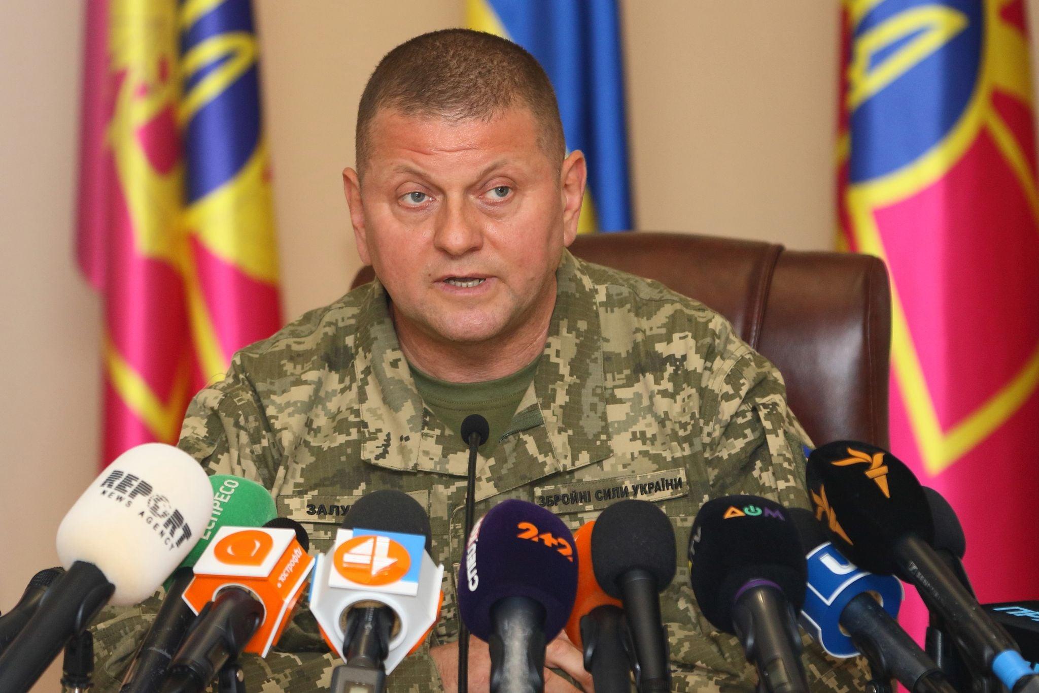 У зоні ООС військовим знову дозволили відкривати вогонь у відповідь — Залужний